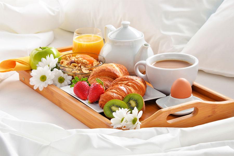 Forum suites - Vassoio colazione letto ...